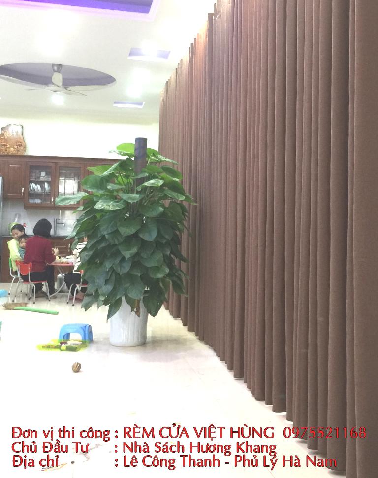 Thi công công trình rèm cửa tại hiệu sách Hương Khang